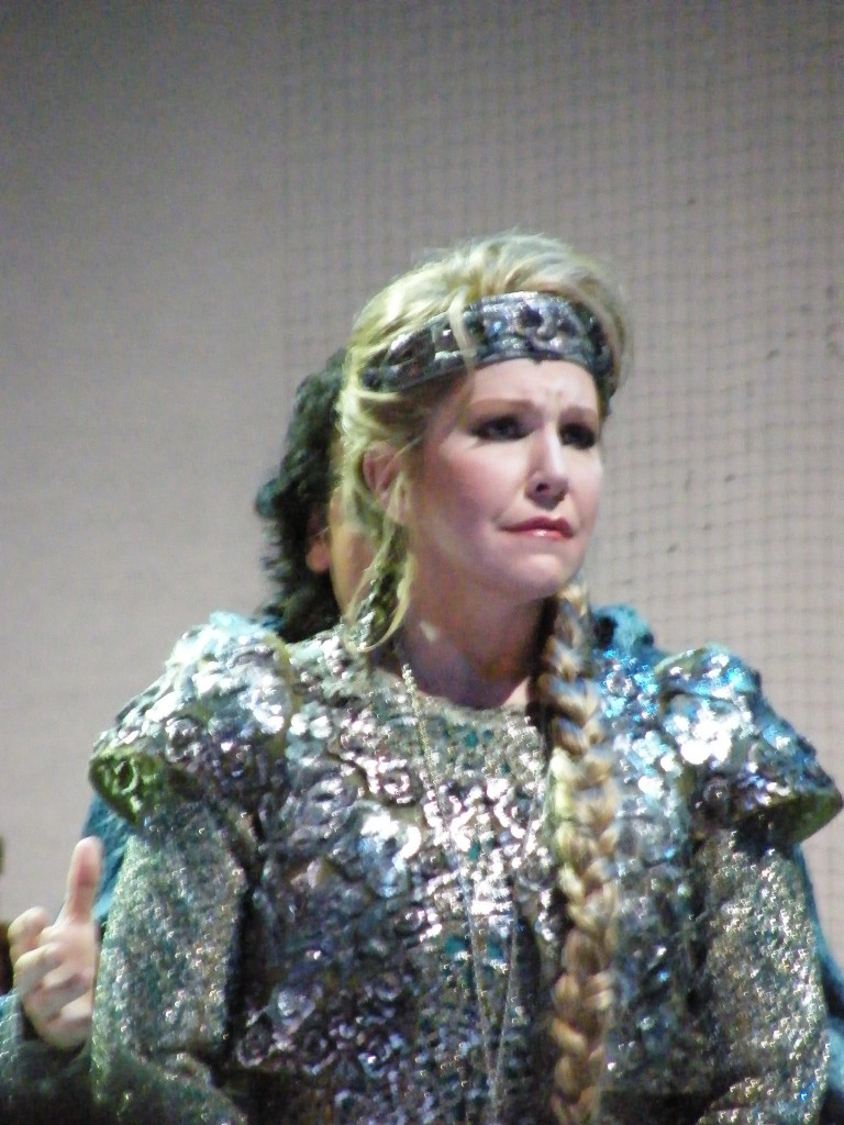 Joyce di Donato as Elena nella la Donna Del Lago