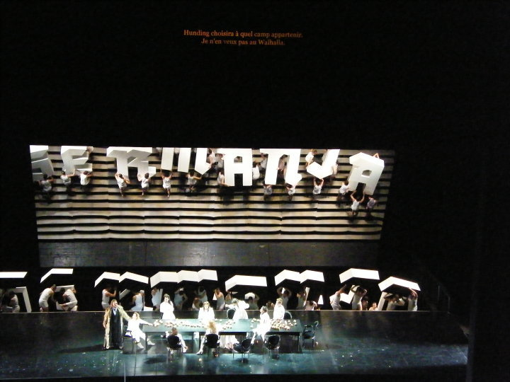 Subtiles system used in Opera de Paris proscenium