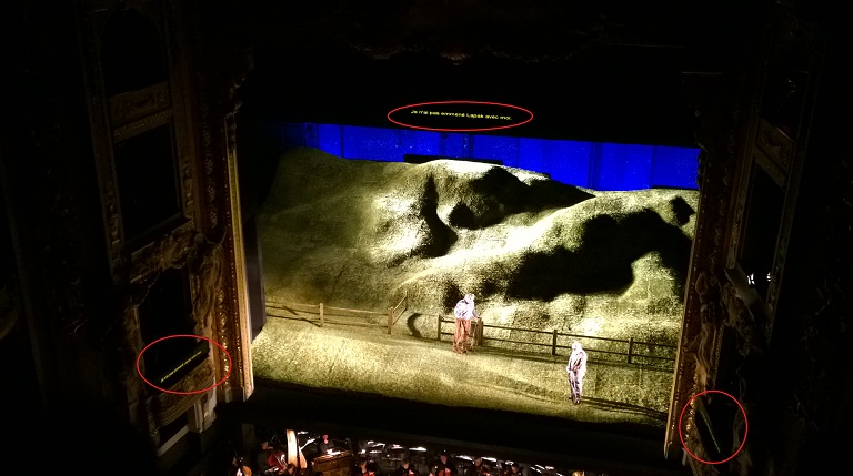 Main screen and side screens in Opera de Lille