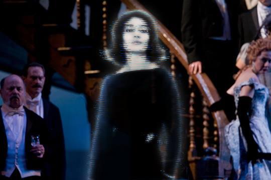 Hologram and classical music : Maria Callas